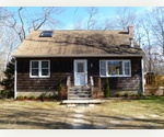3 BEDROOMS, 2 BATH HOME ON .75 ACRE - SPRINGS - EAST HAMPTON