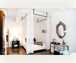 NEW BUILDING: 700 sqft Luxury One Bedroom in Prime Downtown Location Includes: Gym, Doorman & Roofdeck