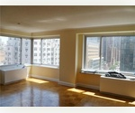 Live on top of it ALL in a LUXURY Full Service HUGE 3BD on the Upper East Side!***