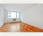 MIDTOWN WEST! EXCELLENT LOCATION NEAR CENTRAL PARK &amp; MAJOR TRANSPORTATION! PETS ALLOWED!