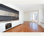 Investor Opportunity - 28th Floor, 800sqft, Less than $800 CC &amp; Taxes, Only $850k